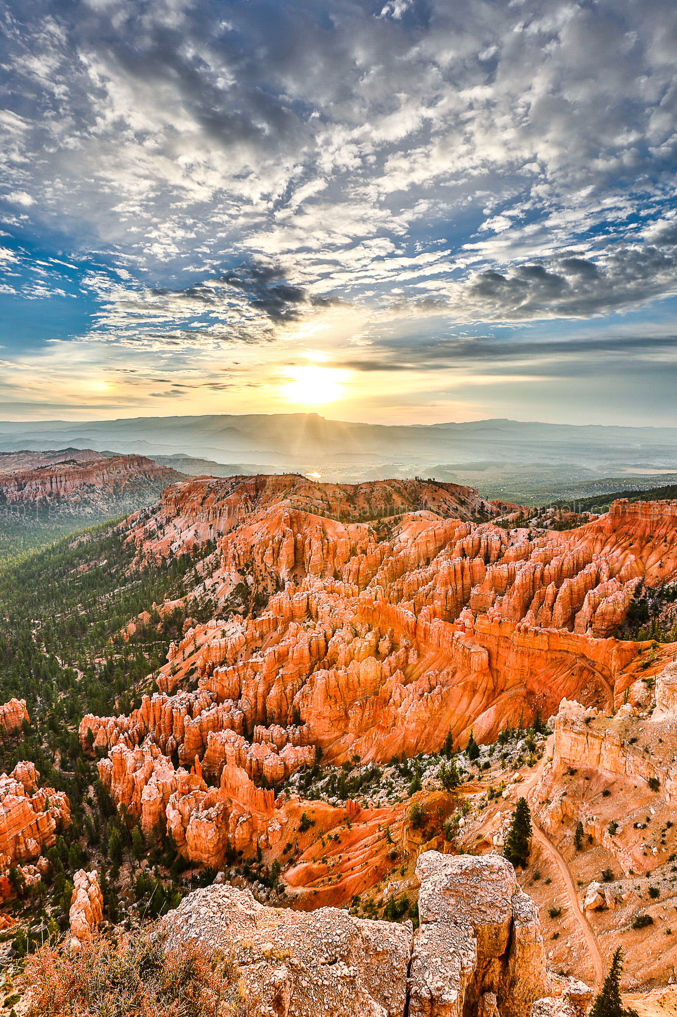 Heavenly Sunrise at Bryce Canyon